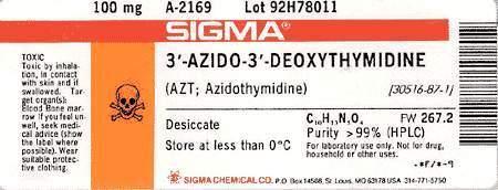 """Hinweis auf der AZT-Packung für Laboratorien (mit Totenkopf-Symbol): """"Giftig bei Inhalation, Hautkontakt oder Verschlucken."""" Diese Hinweise fehlen natürlich auf den AZT-Packungen für Patienten; hier sind es ja schließlich """"Medikamente""""!"""