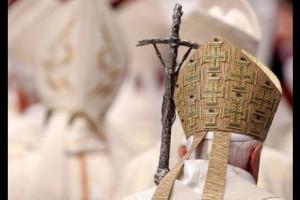 Papst im Rücken