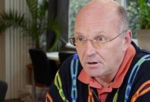"""Dr. med. Martin Stöppler im C3M Board der Wissenschaft, dieser Arzt zählt zu den erfahrendsten GcMAF Anwendern weltweit. Wissenschaftlich Denken und wissenschaftlich Handeln, das zählt zu den Kriterien mit denen sich die C3M auseinander setzt. """"Nachprüfbare Medizin"""""""