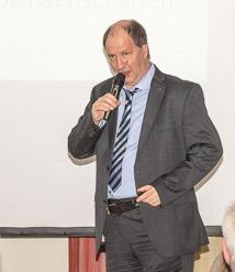 Prof. Dr. Burkhard Poeggeler im Frankfurter Consilium bei Ralf Kollinger und Gästen